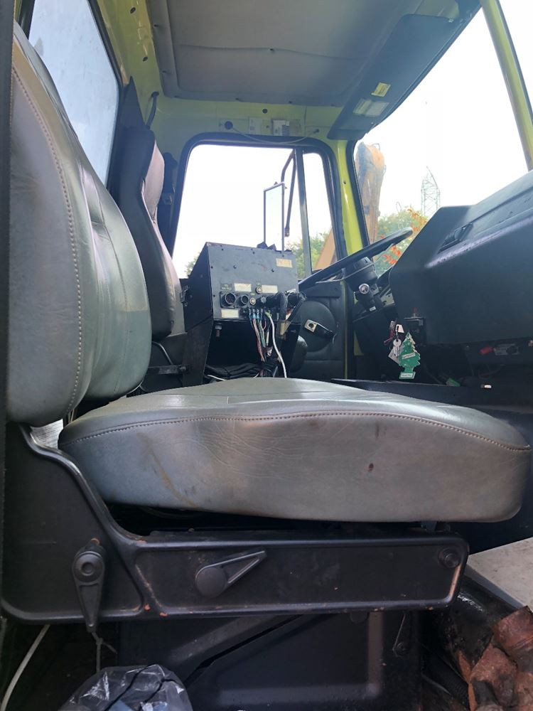 1997 Volvo WG (Stock #T-SALVAGE-165-VPS-218) | Seats | TPI