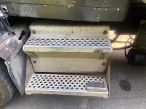 Kenworth T800 Battery Box Parts | TPI