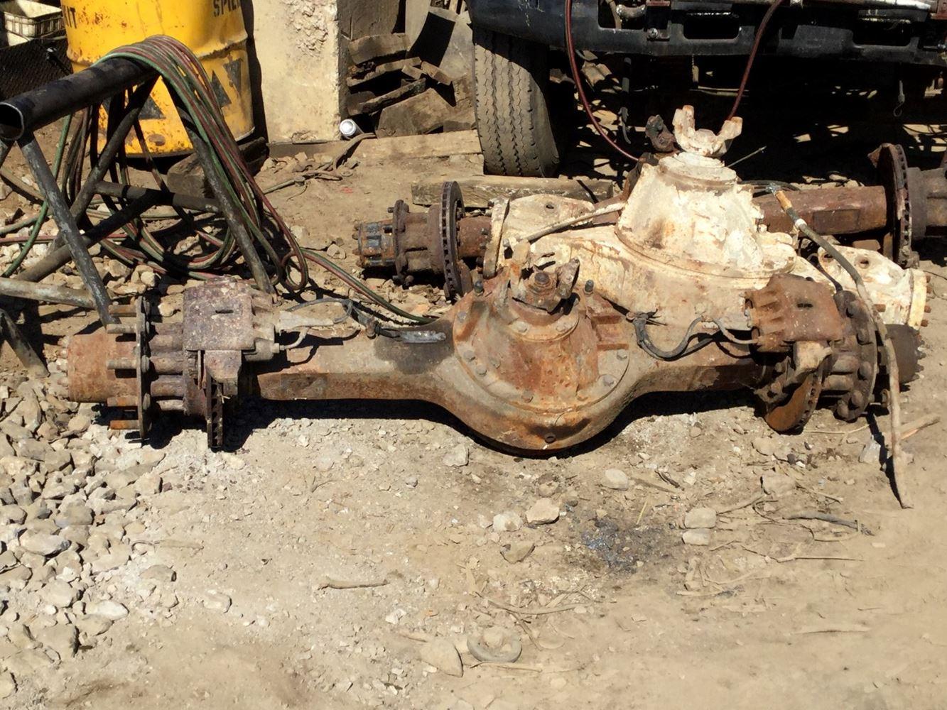 Eaton 19060S (Stock #ER-1169) | Rear Rears (Tandem Rear or