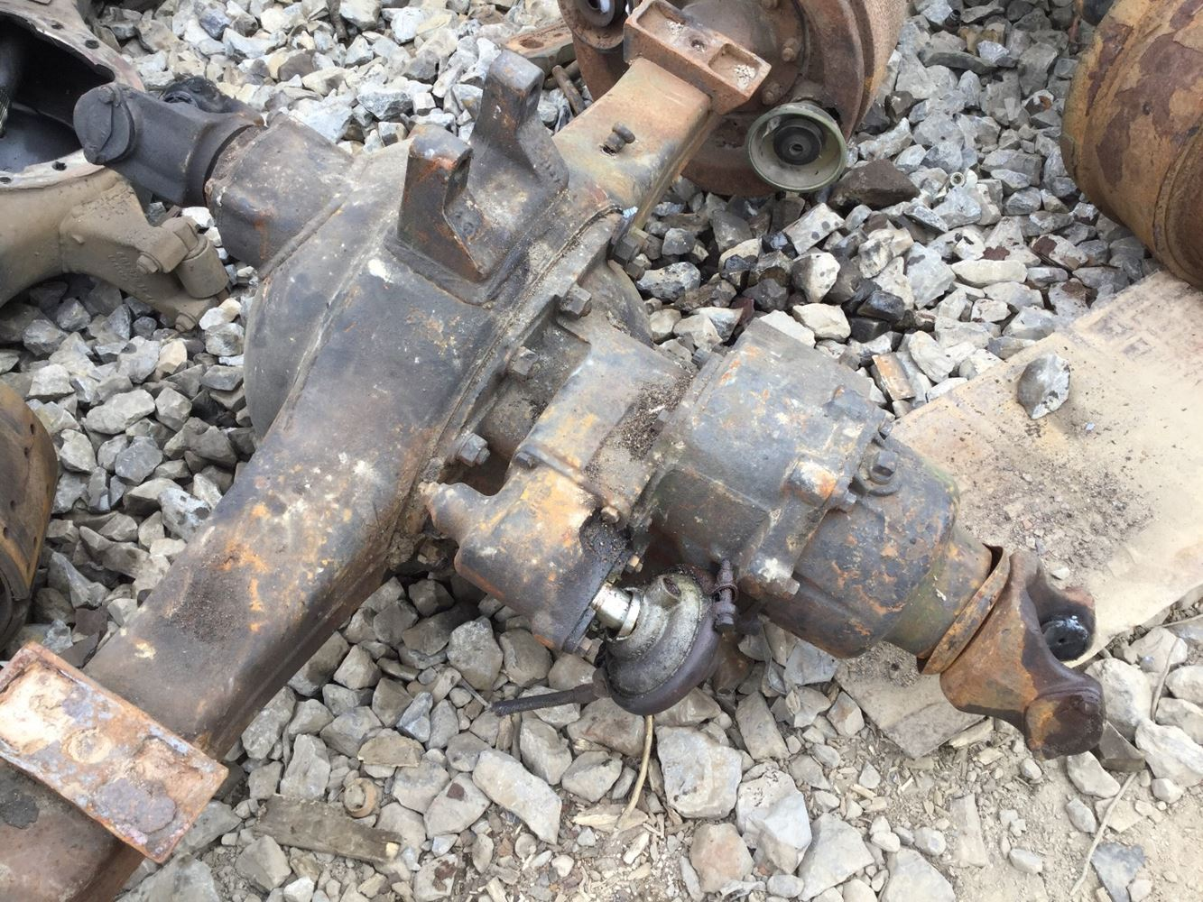 Meritor Front Axles : Meritor rockwell sqhd stock rfr complete axle