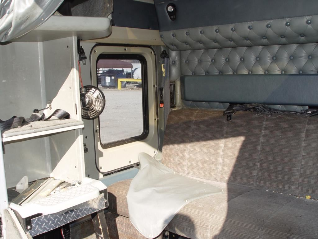 Kenworth Sleeper Inside Pictures to Pin on Pinterest ...