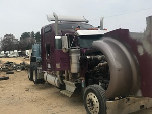 Kenworth W900 - Salvage 34