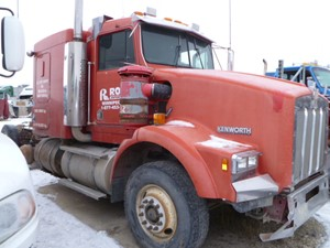 Kenworth T800 - Salvage T80-2121
