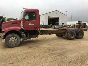 Volvo VHD - Salvage VOL02541