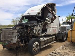 Freightliner Cascadia - Salvage FRT11377