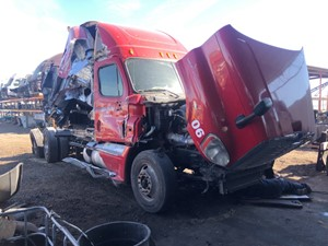 Freightliner Cascadia 125 - Salvage TR177