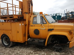 GMC C6000 - Salvage 19-096