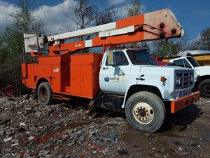 GMC C7000 - Salvage 19-091