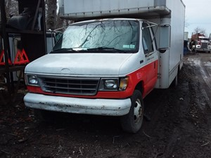 Ford Econoline - Salvage 19-029