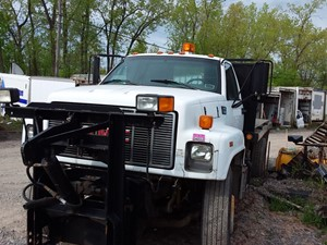 GMC C7500 - Salvage 19-097