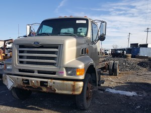 Ford L8501 Louisville 101 - Salvage 20-152