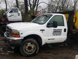 Ford F-550 - Salvage 19-087