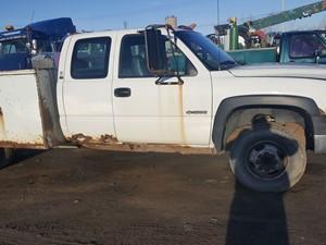 Chevrolet Silverado - Salvage 20-037