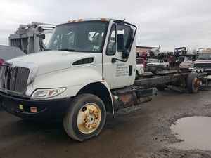 International 4300 - Salvage 20-157