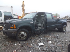 Ford F-350 - Salvage 19-085