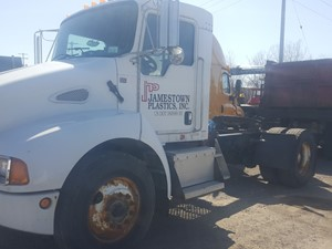 Kenworth T300 - Salvage 21-040