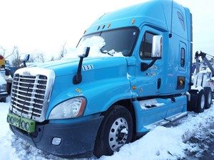 Freightliner Cascadia 125 - Salvage 19-151