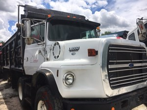 Ford LTS8000 - Salvage IN879