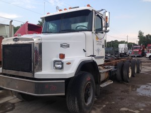 Volvo AUTOCAR ACL64 - Complete IN700