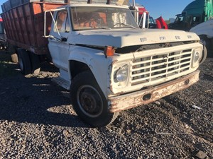 Ford F600 - Salvage 61521