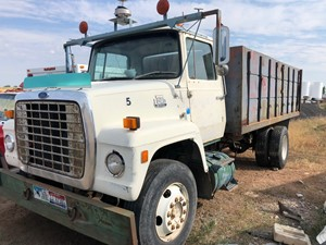 Ford 8000 - Salvage 72018