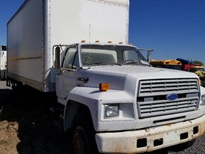 Ford F700 - Salvage 50818