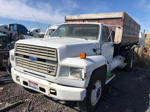 Ford F800 - Salvage 91918