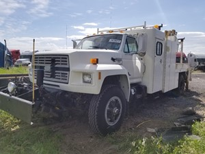 Ford F800 - Salvage 61818