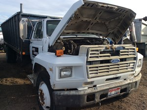 Ford F700 - Salvage 112418