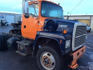 Ford LN8000 - Salvage 121618
