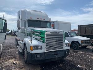 Freightliner FLD120 - Salvage 51319
