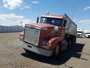 Freightliner FLD120 - Salvage 91621
