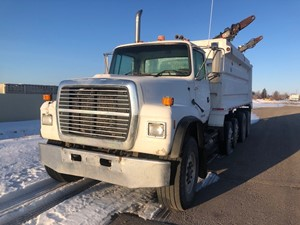 Ford LT9000 - Salvage 22320