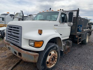 Ford F800 - Salvage 51620