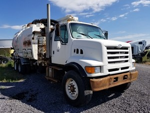 Ford LT9501 LOUISVILLE 101 - Salvage 62518