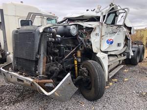 Freightliner FLD120 - Salvage 102318