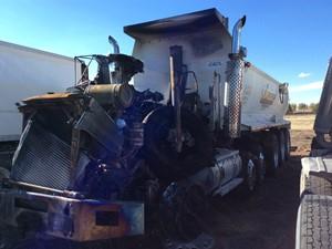 Kenworth T800 - Salvage 101118