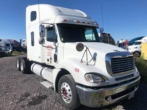 Freightliner COLUMBIA 120 - Salvage 62418
