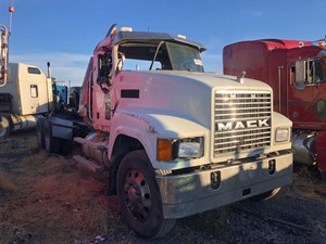 Mack CHN613 - Salvage 111318