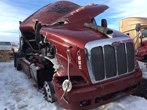 Peterbilt 387 - Salvage 11219