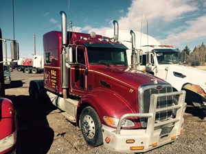 Peterbilt 386 - Salvage 13117