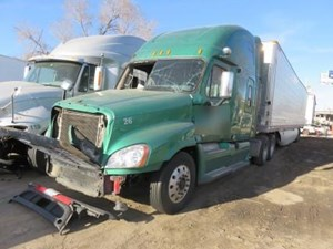 Freightliner Cascadia 125 - Salvage 32017