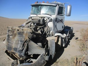 Peterbilt 386 - Salvage 120720