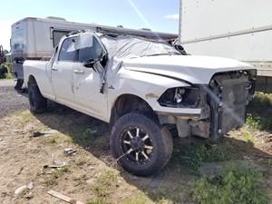 Dodge 3500 - Salvage 61918