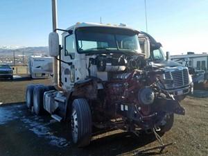 Mack CXU613 - Salvage 51219
