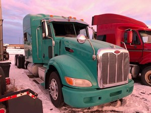 Peterbilt 386 - Salvage 121518