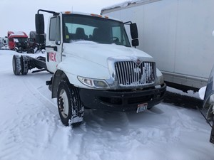 International DuraStar 4300 - Salvage 11720