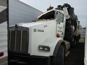 Kenworth T800 - Salvage 93019