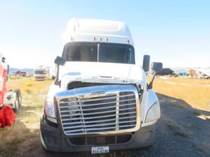 Freightliner Cascadia 125 - Salvage 102021