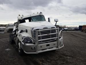 Freightliner Cascadia 125 - Salvage 61621